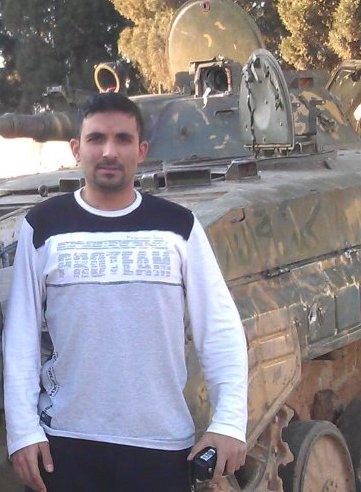"""""""رائد"""" الصورة والبث المباشر في """"بابا عمرو"""" يوجّه كلمة قاسية ويمضي.."""