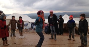 اللاجئون السوريون من الرمضاء للنار..